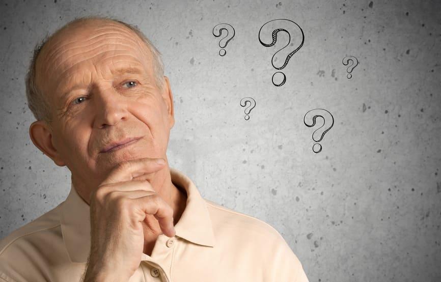 Пенсионер думает о возрасте для кредита